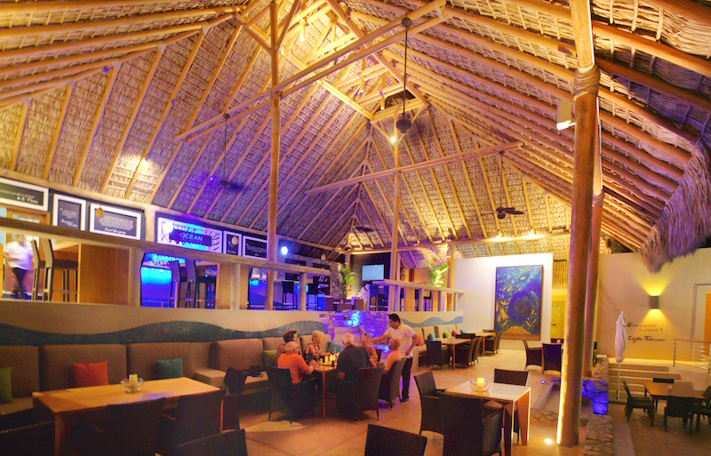 Cosmo Ocean Bar and Bistro